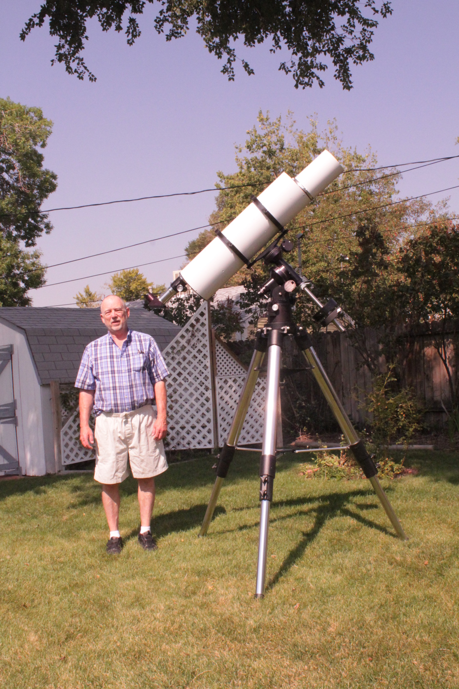 Six inch folded refractor